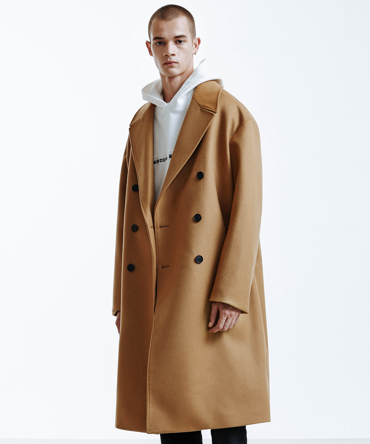 IN SILENCE X BUND EXPLORER COAT (CAMEL)