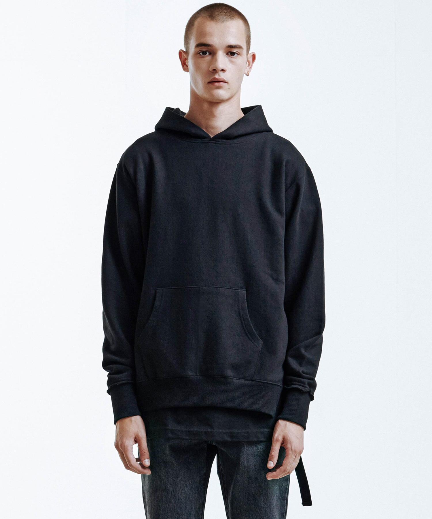 Side Tail Hoodie (Black)