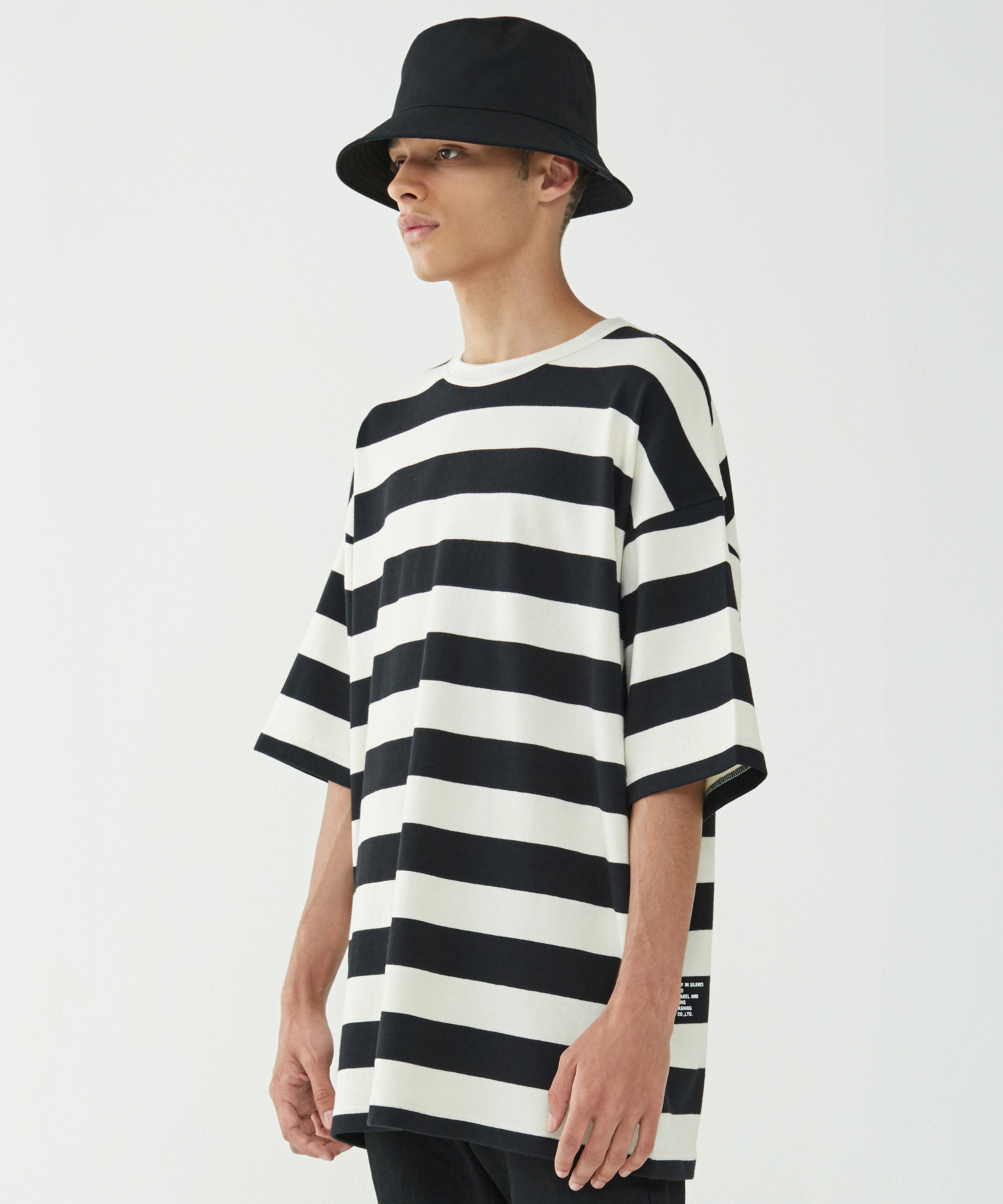 Big Stripe Oversize Tee (Black)